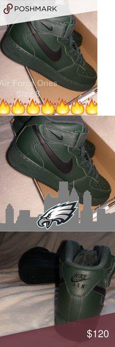 Nike Air Force Ones  NEW Grove Green🌴 Black Nike Swoosh Brand New👍 Great 243190378