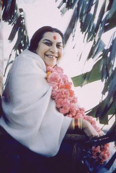 Tall upright portraits of Shri Mataji Sahaja Yoga Meditation, Aesthetic Galaxy, Shri Mataji, Mother Pictures, Divine Mother, S Pic, Abs, Stylists, Ganesha