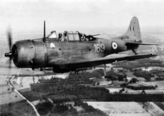 Douglas SBD-5 Dauntless n° 169 (s/n 36817) 4th FB (Bombardment Squadron) of the French Fleet Air Arm, founded in 1944, near Royan (Western France).