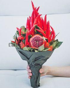 Пылкое гранатовое сердце!❤️Отличный букет для любимого мужчины на 23 февраля!Непременно зажжёт в нём пламя страсти! #омойборщ#сожрибукет#сломайсистему#фруктовыйбукетказань#3000борщ