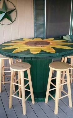 Wooden Pallet Furniture 28 DIY Coffee Table Ideas For The Caffeine Addicts! - 28 DIY Coffee Table Ideas for the Caffeine Addicts!