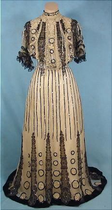 Circa 1905 House of Gustav Beer gown. In 1905 the German fashion designer opened a couture house in Paris at Place Vendôme, where he produced feminine dresses and lingerie. In 1929 the House of Beer merged with House of Drecoll.