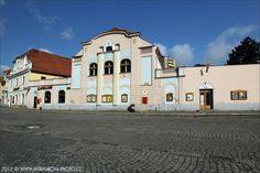 Sokolovna Czech Republic, Mansions, House Styles, Places, Home Decor, Bohemia, Decoration Home, Manor Houses, Room Decor