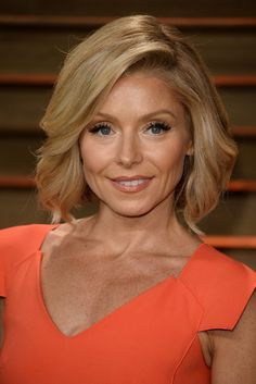 Kelly Ripa Oscars | Kelly Ripa at Vanity Fair Party | POPSUGAR Beauty