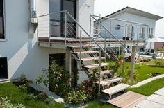 escalier exterieur, design classique, style sobre, maison coquette
