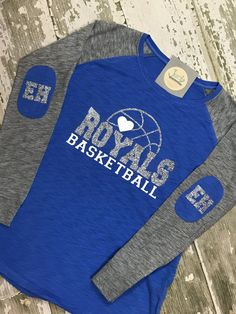 Ideas Basket Ball Design Logo T Shirts For 2019 Basketball Shirt Designs, Basketball Mom Shirts, High School Basketball, Best Basketball Shoes, Soccer Boys, Sports Shirts, Baseball Games, Basketball Rules, Basketball Sweatshirts