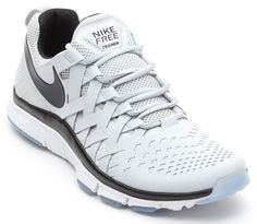 sports shoes 2d23f d9401 Nike Free Trainer 5.0 Pure Platinum   Follow My SNEAKERS Board! Fitness  Schuhe, Laufschuhe