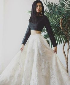 Indian fashion has changed with each passing era. The Indian fashion industry is rising by leaps and bounds, and every month one witnesses some new trend o Lehnga Dress, Nikkah Dress, Pakistani Dresses, Lehenga Choli, Saree, Lehenga Skirt, Indian Gowns, Indian Attire, Indian Wear