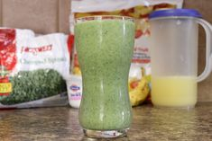 The best smoothie I've found. It's healthy, easy, cheap to make and taste delicious. Great green spinach fruit smoothie perfect for breakfast or after a workout.