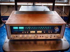 FM Stereo Tuner Amp FRONT PANEL LED  LAMPS. Sansui 7000 Solid State Stereo AM