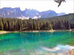 Lago di Carezza (BZ),озеро Карецца в провинции Больцано