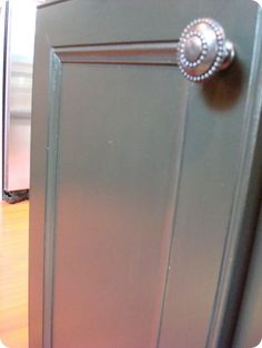 How to paint cabinets, no sanding the orig. finish, just use TSP spray!