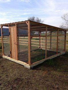 Nice 20+ Cedar Chicken Coop Run With Planter https://gardenmagz.com/20-cedar-chicken-coop-run-with-planter/ #ChickenCoop #ChickenCoopPlans