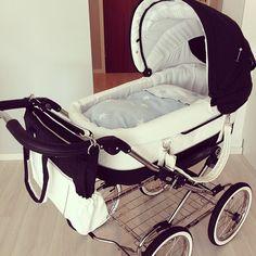 Instagram media roksti - Fiiiine vogna ! #emmaljunga #baby #vogn #barnevogn #babyutstyr #gravid # babyshop