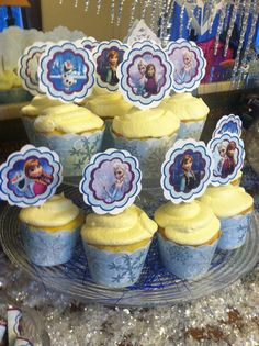Instant download Frozen birthday cupcake by DecorAtYourDoor, $8.00