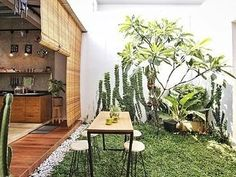 Most current Free of Charge semi Outdoor Kitchen Thoughts For many people, an outdoor kitchen represents the height of entertaining luxury. Home Building Design, Home Room Design, Dream Home Design, Tiny House Design, Home Design Plans, Interior Design Living Room, Minimalist Garden, Minimalist Home, Outdoor Kitchen Design