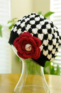 Alabama crochet hat - Click image to find more Sports Pinterest pins