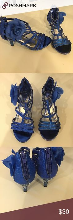 Coco Dress shoes Coco girls blue glitter dress shoes. Size 2 like new condition Coco Shoes Dress Shoes