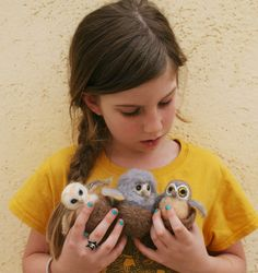 Needle Felt Owl Tutorial - has great photos for building the shapes