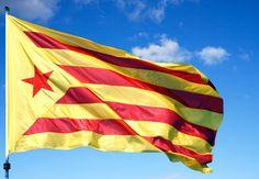 bandera Estelada vermella Països Catalans #catalunya #bandera #flag www.flagsonline.it/asp/banderas.asp/bandera_Estelada vermella/Estelada vermella.html