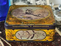 French antique tin box with graphics taken by LaChineuseFrancaise, €18.95