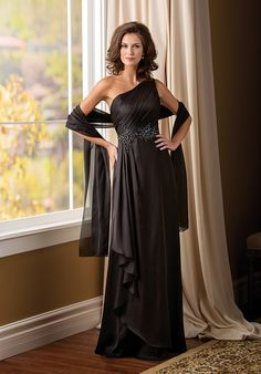 This elegant gown will put you a cut above the rest at your next special occasion. This Amber Satin Chiffon gown has a stylish one-shoulder neckline, A-line skirt, ruching on the shoulder strap, and intricate beading along the waistline.
