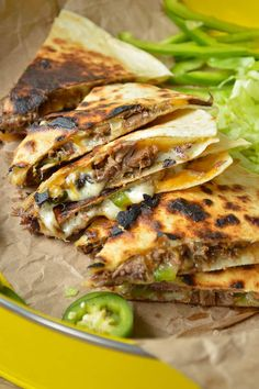 Crock Pot Philly Cheesesteak Quesadillas are cheesy steak delicious! Meat Recipes, Slow Cooker Recipes, Mexican Food Recipes, Crockpot Recipes, Chicken Recipes, Chicken Meals, Recipies, Cheesesteak Stuffed Peppers, Main Dishes