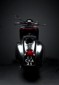 PACKSHOT MOTORCYCLE | VESPA GT 125 by kenyon Manchego, via Behance