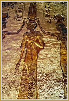 Nefertari, Temple of #Hathor, Abu Simbel, southwest of #Aswan, Egypt. #temple #abusimbel #nefertiti #ancientegyptians #egypt