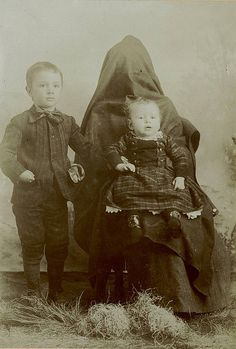 """Eerie """"covered mom"""" photos!  If you know why they were covered, please comment here and share what you know."""