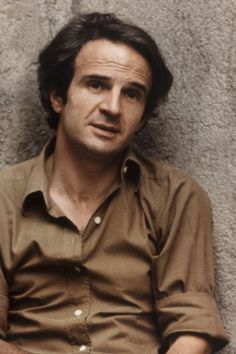 François Roland Truffaut ( 6 February 1932 – 21 October was a French film director, screenwriter, producer, actor, and film critic. Jules Et Jim, Francois Truffaut, French New Wave, Films Cinema, Jean Luc Godard, Film School, French Films, Portraits, Movies