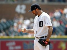 Tigers hopeful Verlander's groin injury isn't 'anything major'  -  June 4, 2017:     Tigers pitcher Justin Verlander checks the ball against the White Sox in the first inning.  Paul Sancya, Associated Press