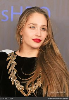 Love her way! She's got such an easy way of being. Jemima Kirke