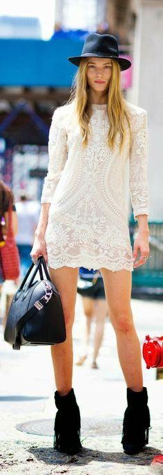 3314793e9c black white street style lace dress   ankle boots Estilo Glamour