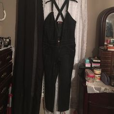 Apple bottom women's sz 24 jeans jumpsuit Black jeans jumpsuit the crosses in the back with front zipper and both side and back pockets Apple Bottoms Jeans Straight Leg Jeans Jumpsuit, Black Jumpsuit, Apple Bottom Jeans, Crosses, Fashion Tips, Fashion Design, Fashion Trends, Black Jeans, Pockets