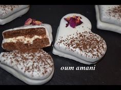 Algerian Food, Algerian Recipes, Oreo Cheesecake, Relationship Goals, Cuddling, Valentines Day, Drinks, Petit Fours, Food Recipes