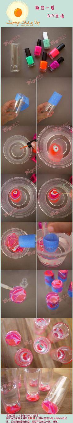 用指甲油DIY的杯子,好有情调啊……