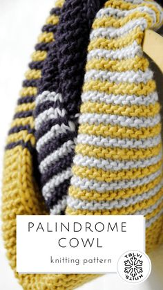Cowl knitting pattern for a three color infinity scarf or cowl worke Snood Knitting Pattern, Chunky Knitting Patterns, Knitting Blogs, Shawl Patterns, Knitting Designs, Free Knitting, Crochet Patterns, Knitting Ideas, Knit Cowl
