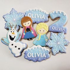 I like the Olaf cookie: Shape, Design, Background color Frozen Birthday Party, Frozen Theme Party, 2nd Birthday, Frozen Disney, Cake Disney, Olaf Cookies, Disney Cookies, Frozen Cake, Frozen 2