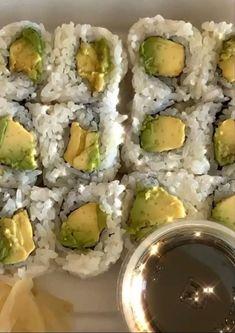 Think Food, I Love Food, Good Food, Yummy Food, Food Is Fuel, Food N, Food And Drink, Sushi, Snacks Saludables
