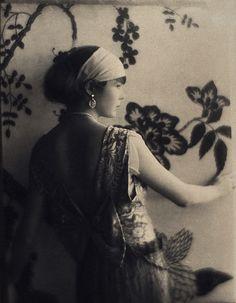 Portrait, 1922 (Baron Adolph de Meyer)