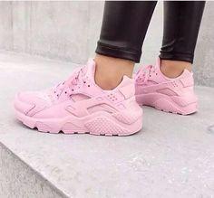 online store 249e1 1dd87 Imagine baby pink, nike, and shoes Încălțăminte De Baschet Nike, Pantofi  Sport Nike