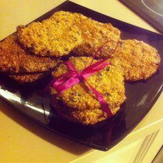 Ciasteczka owsiane z orzechami i sezamem