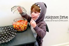 No-Sew Halloween Costume {Shark} | Atkinson Drive