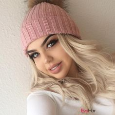 Stunning as always OMG I'm obsessed you're a doll @misse1ena. very cute. Your hat matches well with your Blonde Ombre Wavy wig.. Wig SKU: SKU:SWM-WAVY-P. Girls do you wnat to have a try? #Grayish #Blonde #longwavyhair #reddish #ombrewig #straightwig #evahair #evahairofficial #fashion #thanksgiving