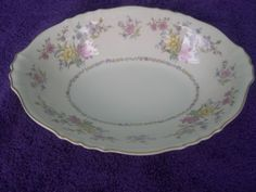 "Syracuse Briarcliff Oval Serving Bowl, 10½"" x 7-3/4"" x 2¼"" deep. $6.99 at decpbl on ebay, 4/26/16"