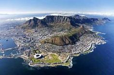 Amazing aerial view of Cape Town, South Africa Monuments, Cape Town Accommodation, Le Cap, Aerial Images, Cape Town South Africa, Table Mountain, Exotic Places, Most Beautiful Cities, Beautiful Scenery