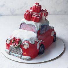 No photo description available. Christmas Cake Designs, Christmas Cake Decorations, Christmas Desserts, Christmas Baking, Christmas Cakes, Lolly Cake, New Year's Cake, Fantasy Cake, Noel Christmas