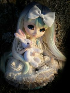 Hi, miss Alice (Lilia - Pullip Sfoglia)