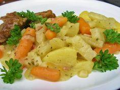 V kuchyni vždy otevřeno ...: Kedlubny, mrkev a brambory v majoránkové omáčce No Salt Recipes, Thai Red Curry, Potato Salad, Mashed Potatoes, Good Food, Ethnic Recipes, Diet, Whipped Potatoes, Healthy Food
